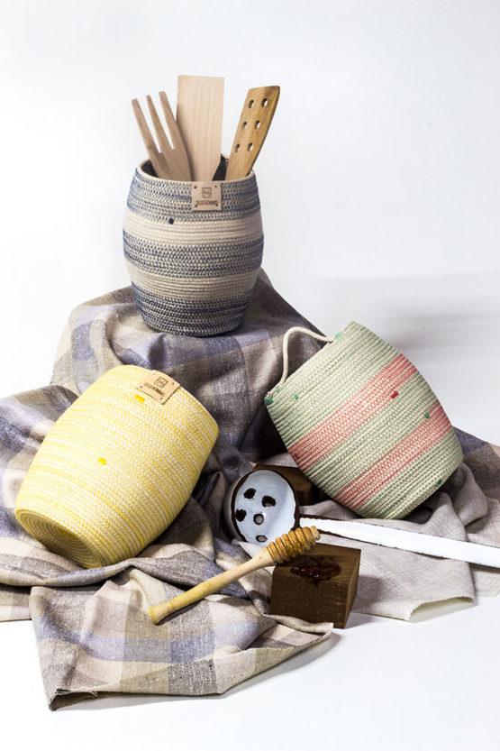 jarrón o macetero en cuerda de algodón