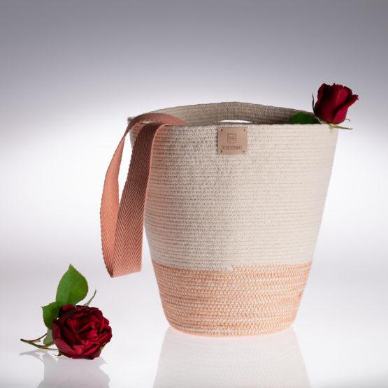 cesto Maruja en cuerda de algodón con cinta color rosado